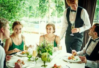 8G Horie RiverTerrace Wedding (エイトジー ホリエ リバーテラス ウェディング)