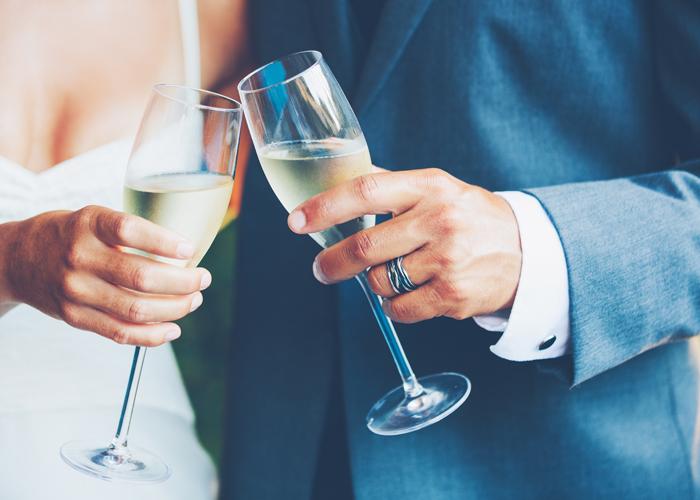 短い 結婚 式 乾杯 挨拶