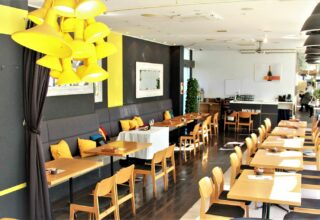 Restaurant & CAFÉ MOULiN(レストラン&カフェ ムーラン) 写真2