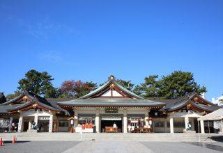 400年以上の歴史がある広島城跡に鎮座する「広島護国神社」。広島駅からも車で約10分。